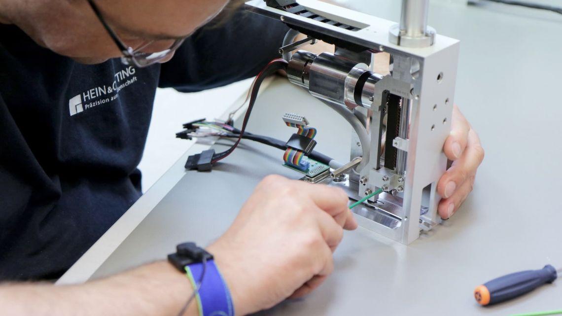 Mechatronik und Montage von Baugruppen